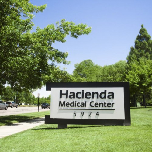 Bennett Graphics made monument sign at Hacienda Medical Center
