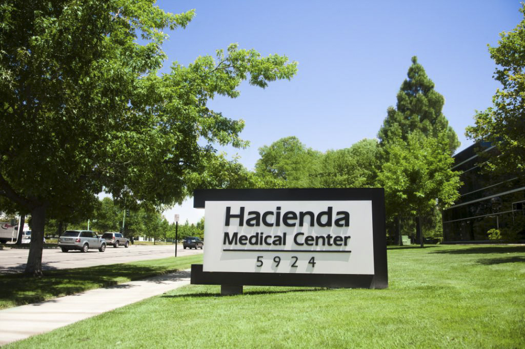 Bennett Graphics made monument sign at Hacienda Medical Center
